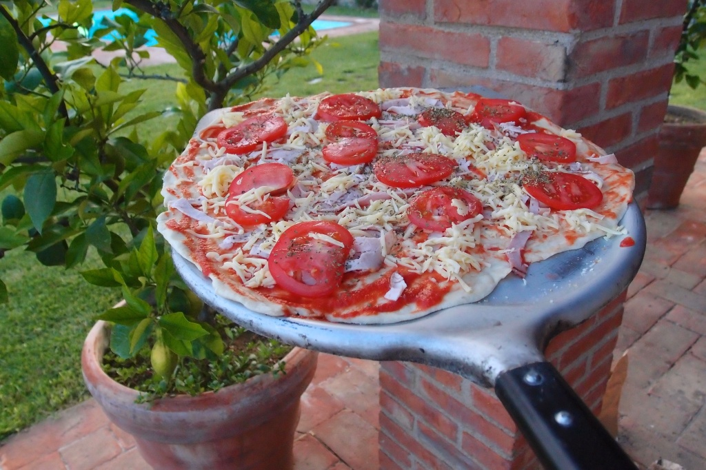 Pizza w drodze do pieca